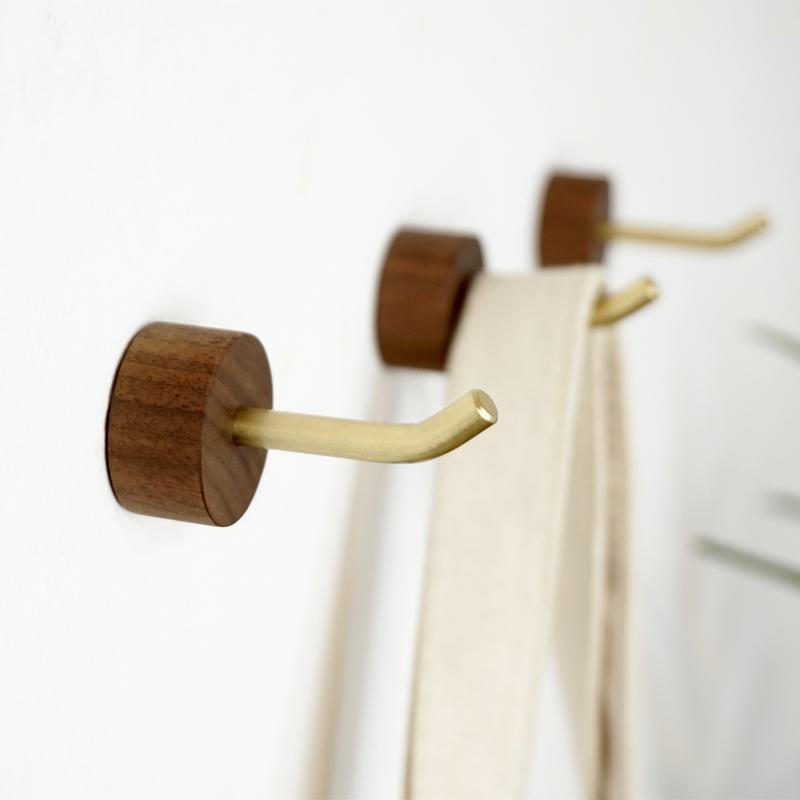 Creative Design Brass Solid wood Hook Wall Decor Coat and Hat Hanger Strong Load Bearing Metal Hook
